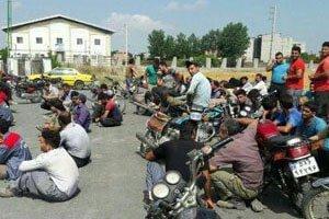 تجمع کارگران در گلوگاه