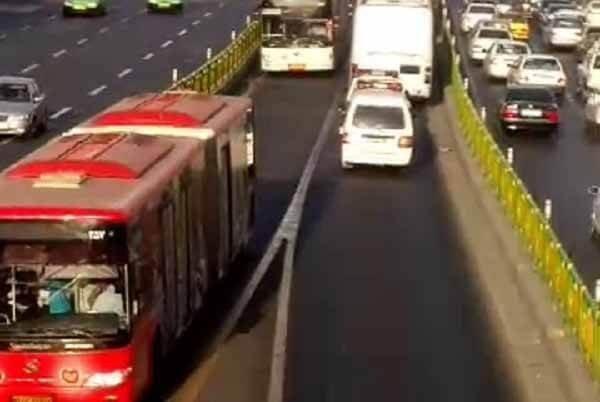 رضا شهابی اتوبوس بسیج امنیتی