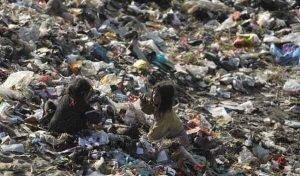 کودکان کار زبالهگرد عکس
