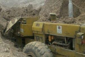 ۲ کشته و مصدوم در ریزش معدن شن و ماسه در اندیمشک
