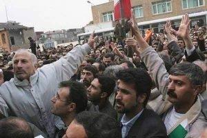 فراخوان به اعتصاب هفتتپه کارگران نیشکر هفت تپه