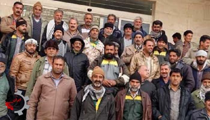 تجمع اعتراضی کارگران فضای سبز شهرداری کاشان