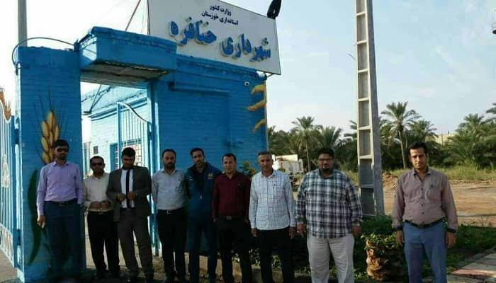 تجمع اعتراضی کارگران شهرداری خنافره در استان خوزستان