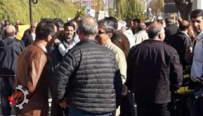 تجمع اعتراضی کارگران بازنشسته صنایع مخابرات