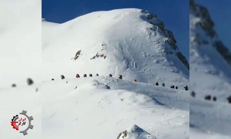 کولبران محروم در برف و سرما