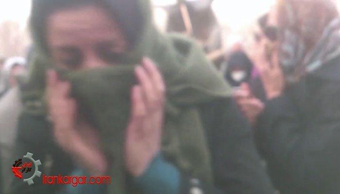 فیلم صحنه پرتاب گاز فلفل به تجمع معلمین اصفهانی توسط نیروی انتظامی