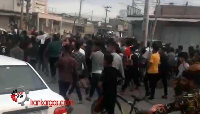 راهپیمایی و اعتراض مردم شلنگ آباد در بخش غربی رود کارون جمعه ۲۳ فروردین