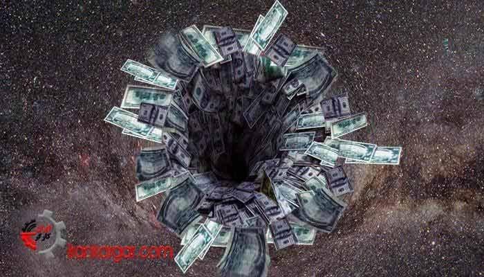ایران در سیاهچاله تورم
