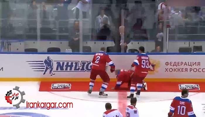 فیلم زمین خوردن پوتین بعد از مسابقه هاکی روی یخ در سوچی